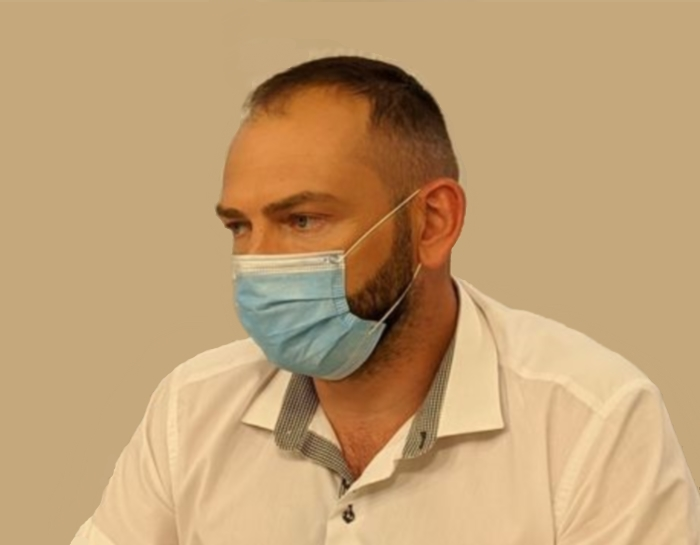 Бакшеев в маске