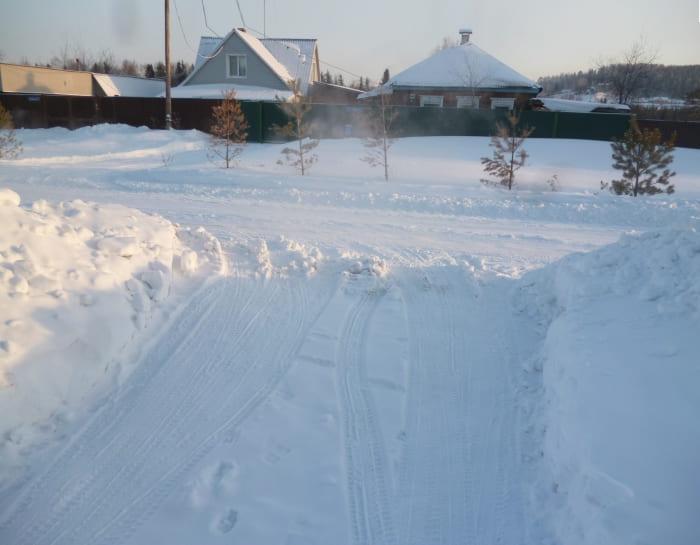 снег сугробы